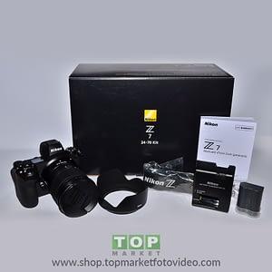 Nikon Z MirrorlessZ7 + Z 24-70mm f/4 S