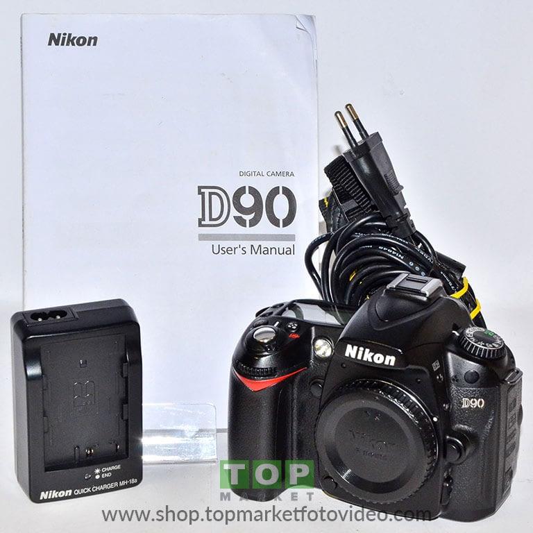 Nikon D90 (solo corpo)