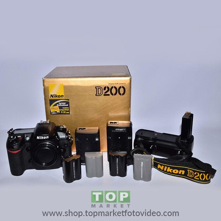 27686 Nikon D200 (solo corpo)