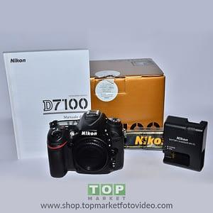 Nikon D7100 (solo corpo) + Meike battery grip